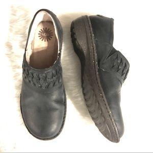 Sz 11 Ugg Flat Clog Leather Loafers